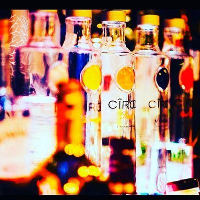 Boutique Café & Mixology botellas